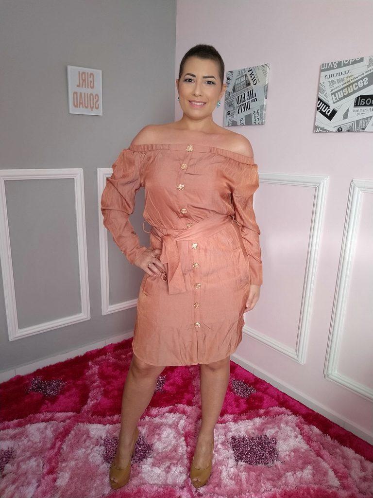 Rochany Rocha veste nova coleção da Mamô Brasil, disponível na loja Perfil da Moda