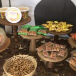 Paçoca, amendoim e pé-de-moleque