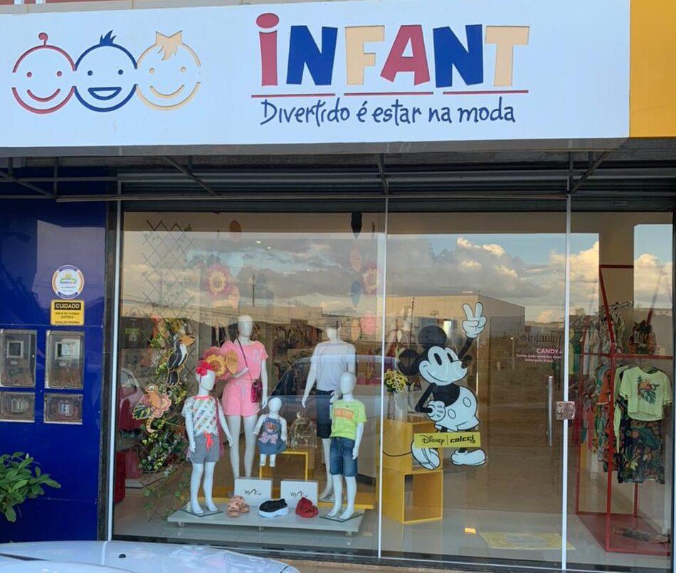 loja de moda infantil