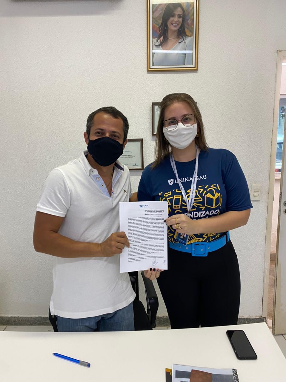 Uninassau Serra Talhada fecha convênio com Secretaria de Obras