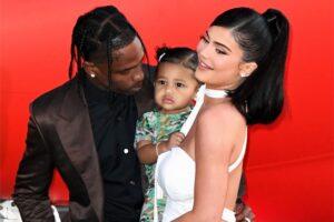Kylie Jenner espera segundo filho com Travis Scott, diz site.