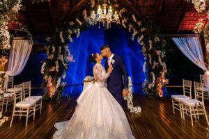 Vestido de noiva, decoração e mais: Viviane Araújo mostra todos os detalhes do casamento.